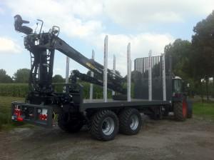 Heuvelmans BV - Speciale projecten- Bomen transporter